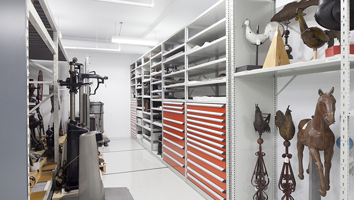 Storage room for metals